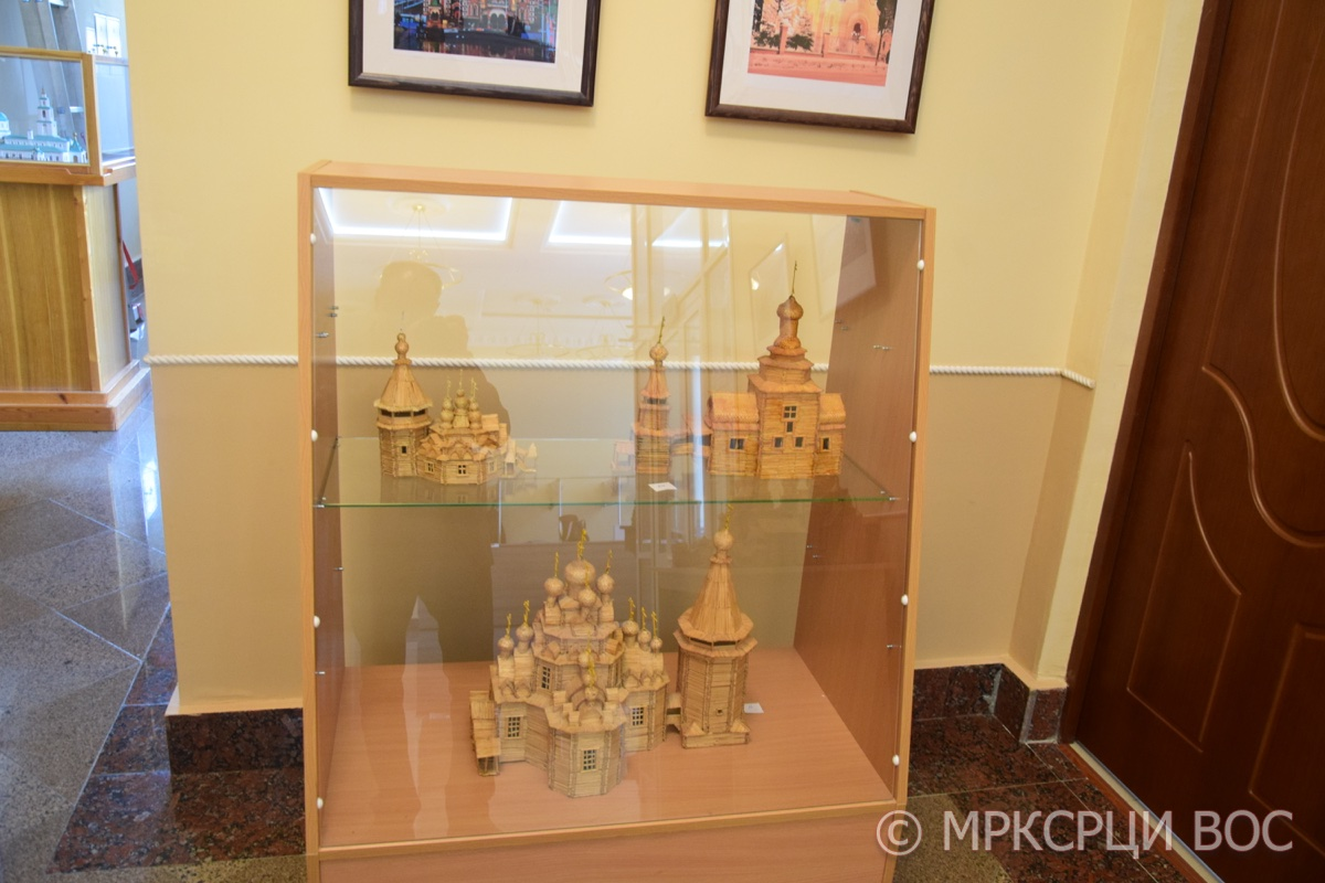 Выставка Анатолия Янькова